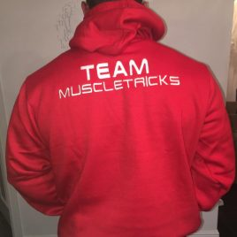 TEAM muscletricks hood red